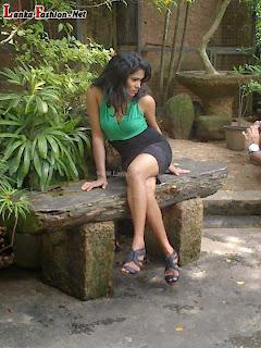 Ayesha madushani legs sexy