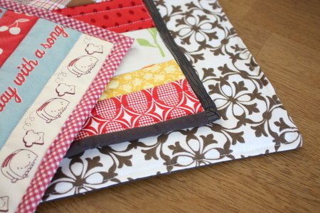 Holiday Sew Along: Pot Holder Tutorial - Diary of a Quilter - a quilt blog