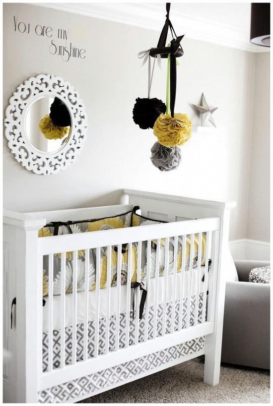 http://emeritadesastre.blogspot.com.es/2013/02/decoracion-moviles-para-bebes.html#axzz2kKRqhVor