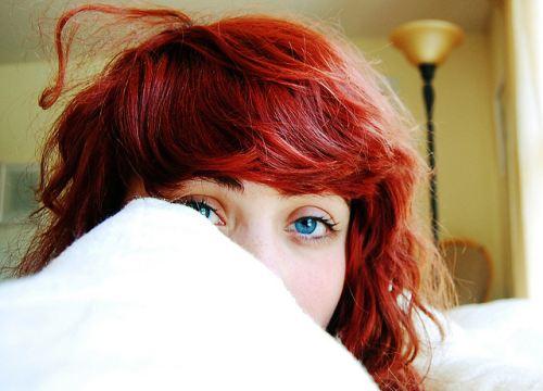 awek bermata biru yang sangat cun