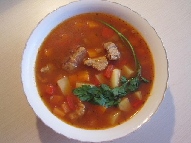 co na obiad, co ugotować na obiad, pomysł na zupę, prosta zupa, blog kulinarny, przepisy kulinarne,przepis na zupe węgierską