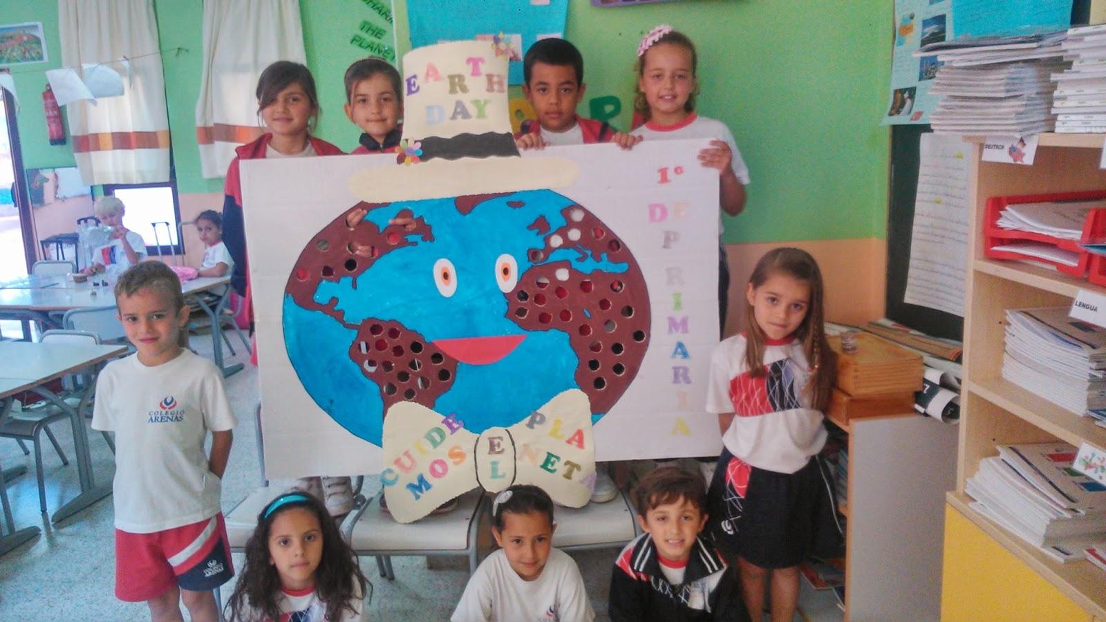Trazos de colores d a de la tierra 2015 for Murales infantiles para preescolar