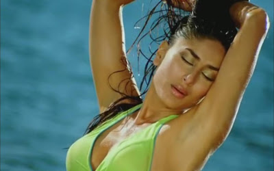 Karrena Kapoor in green bikini posing