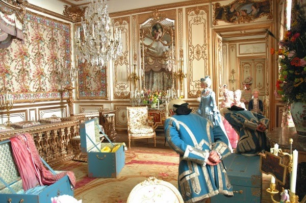 Maison decor palace of versailles marie antoinette and for Anne marie witmeur decoration