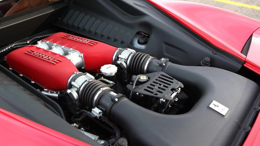 「フェラーリ458イタリア」のマイナーモデルチェンジ車は来春登場?
