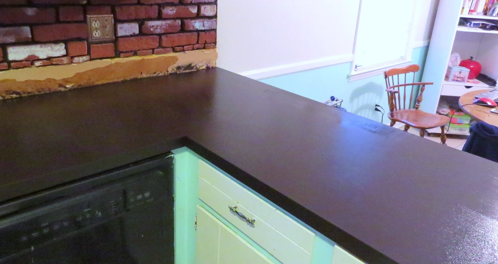 No Title Necessary: So this happened...painted laminate countertops