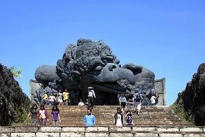 7 Tempat wisata yang menarik di pulau bali yang wajib dikunjungi