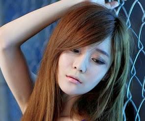 Top 10 Hot and Sexy Photos of Beautiful Choi Seul Gi