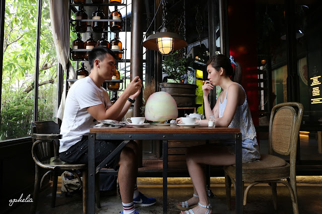 【 曼谷 】 Karmakamet diner 從香氛到餐點 X 極致夢幻甜點