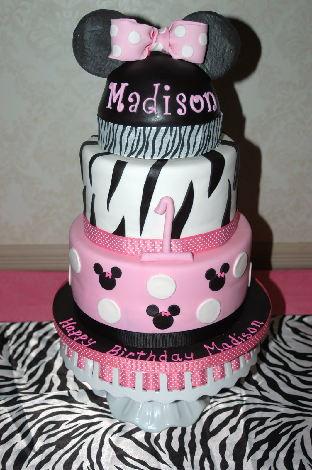 minnie mouse cake made for a special little girls first birthday party ...