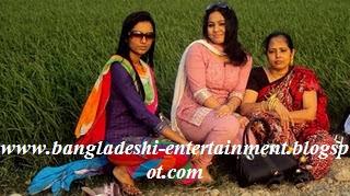 Bangladeshi-university-girl