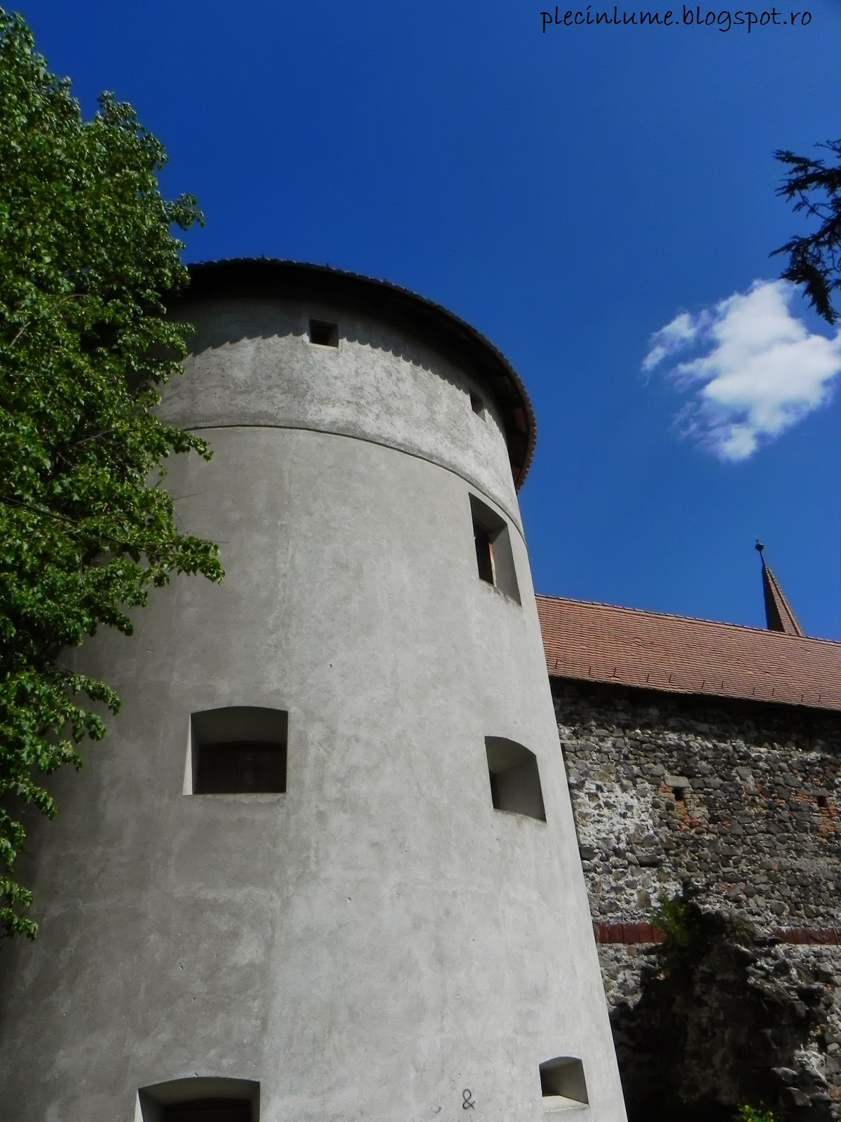 Bastion al castelului din Racos