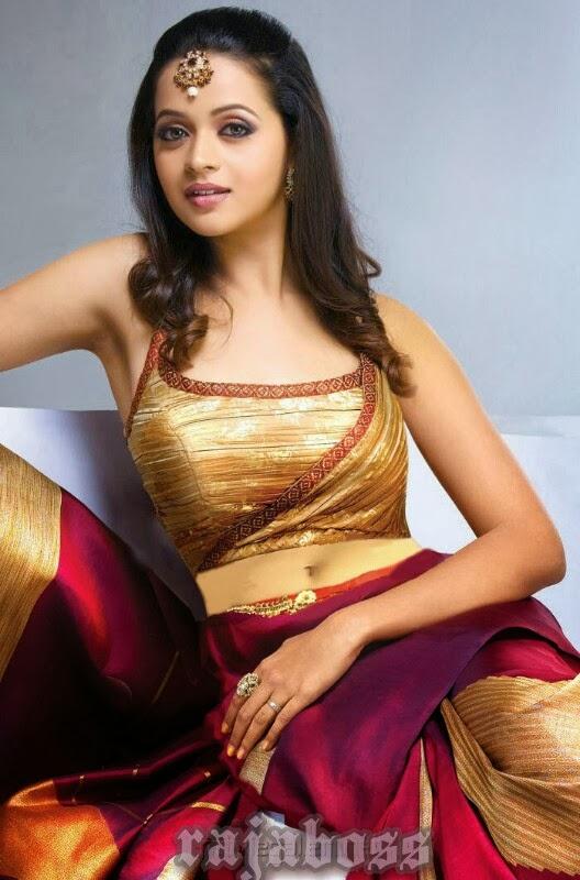 Hot navel of bhavana