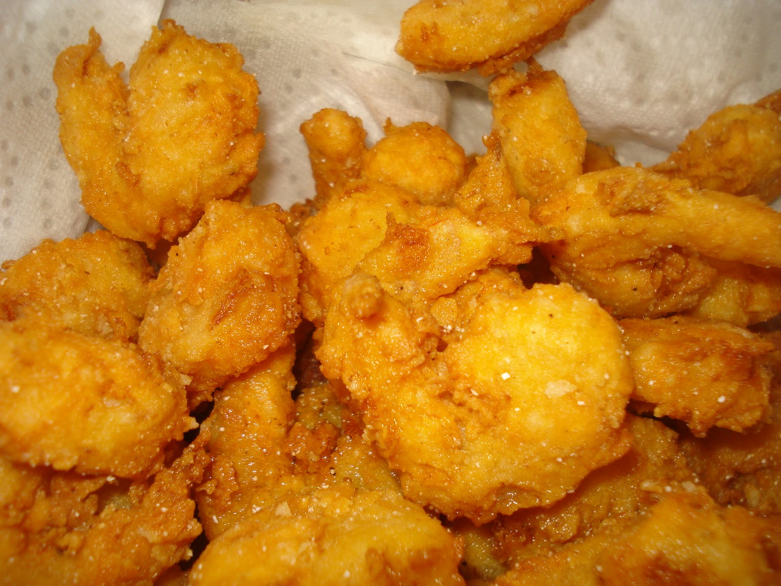 Southern fried shrimp recipe guest post the b keeps us for Fried fish and shrimp