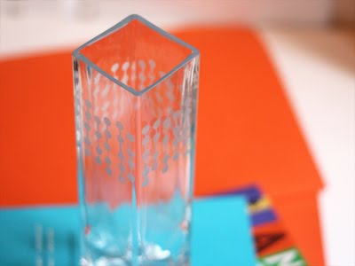 decorar un jarrón de cristal