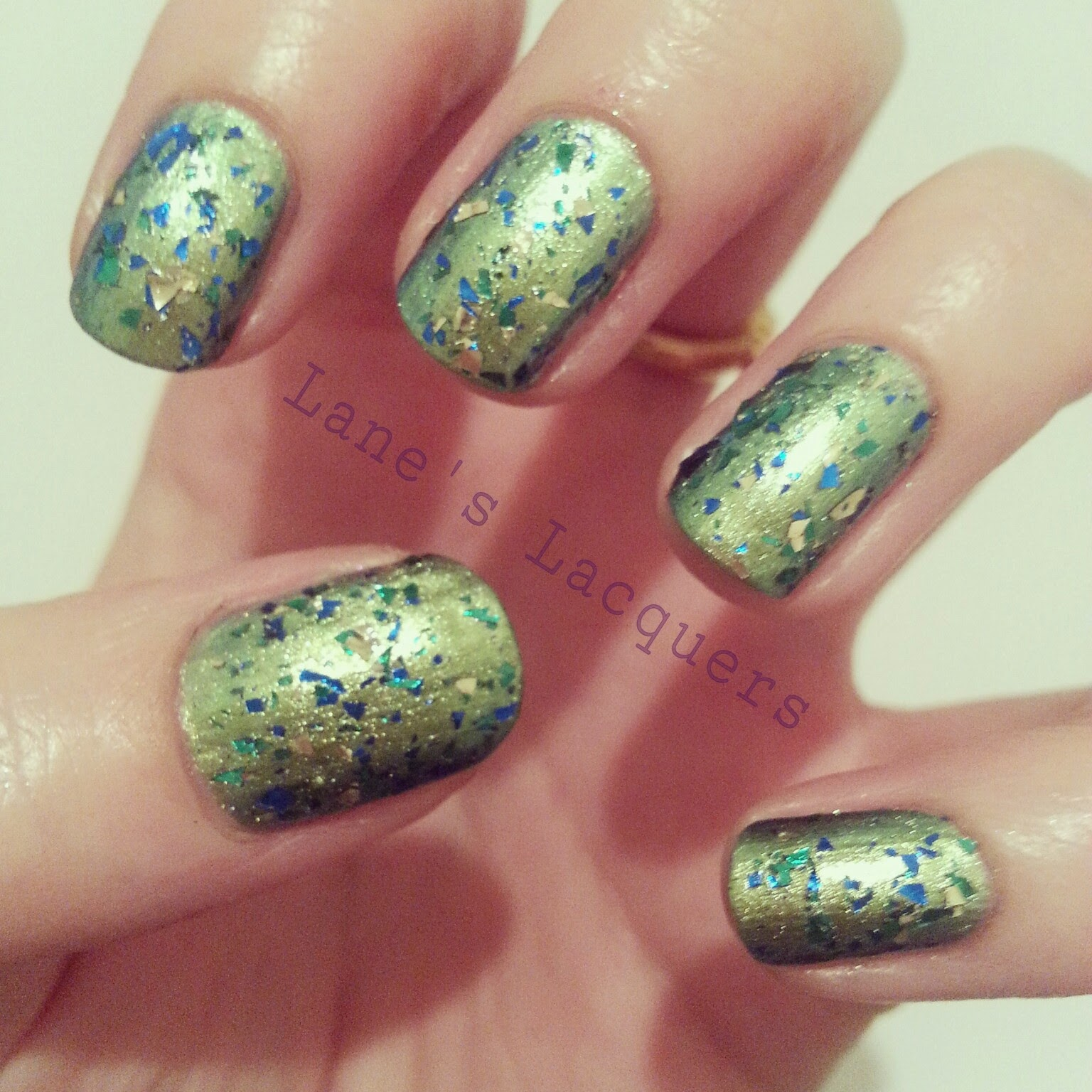 barry-m-aquarium-green-and-glitter-aqnp1-swatch-manicure