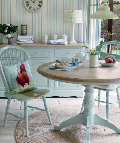 Pogodne wn trza laura ashley for Duck egg blue dining room ideas