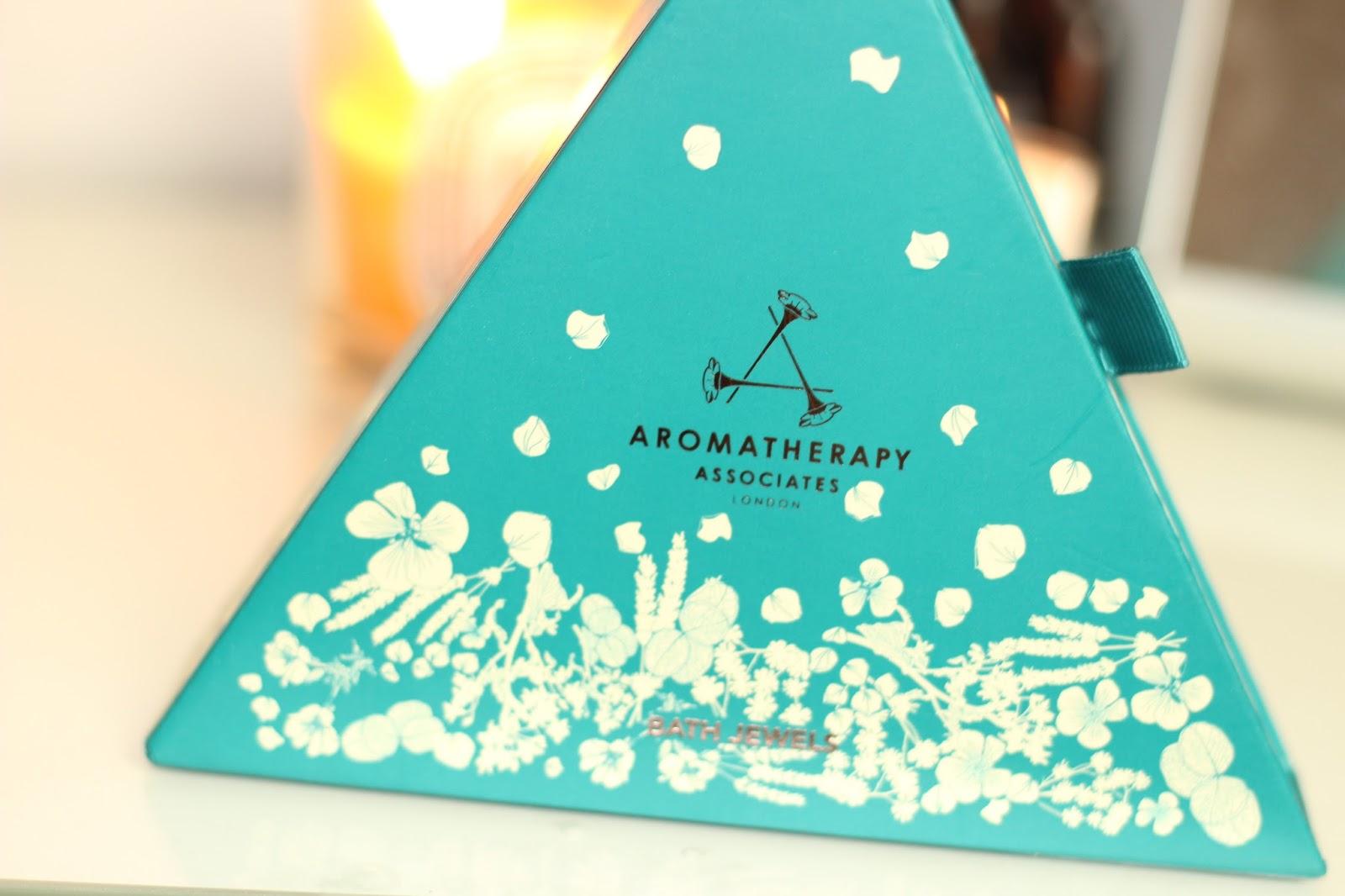 aromatherapy-associates-christmas