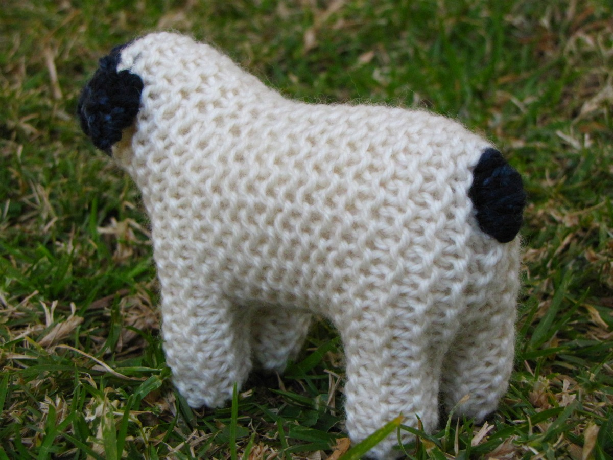 Suffolk Sheep Knitting Pattern and a Giveaway - Natural ...