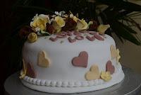 FONDANT CAKE RM 180