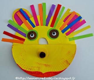 http://lesmercredisdejulie.blogspot.fr/2014/08/marionnette-lion-qui-claque-des-dents.html