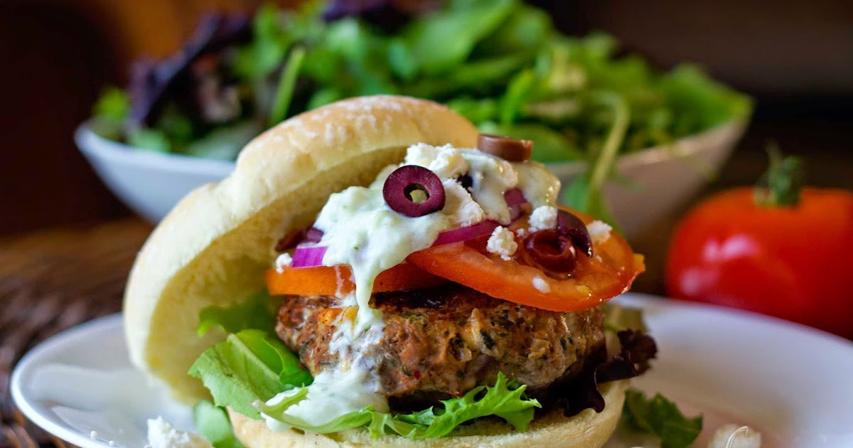 fabulous fridays: Greek Lamb burgers