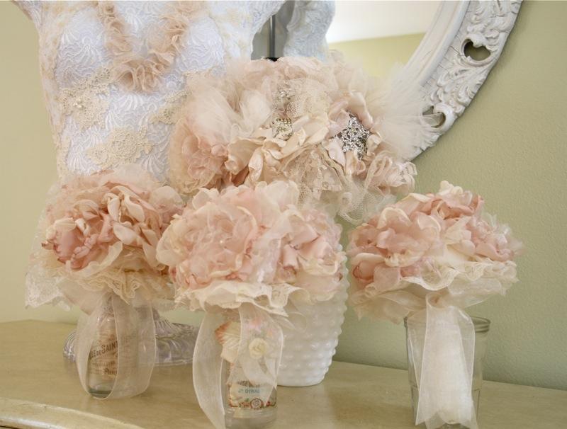 The Polka Dot Closet: Small Fabric Flower Bouquet