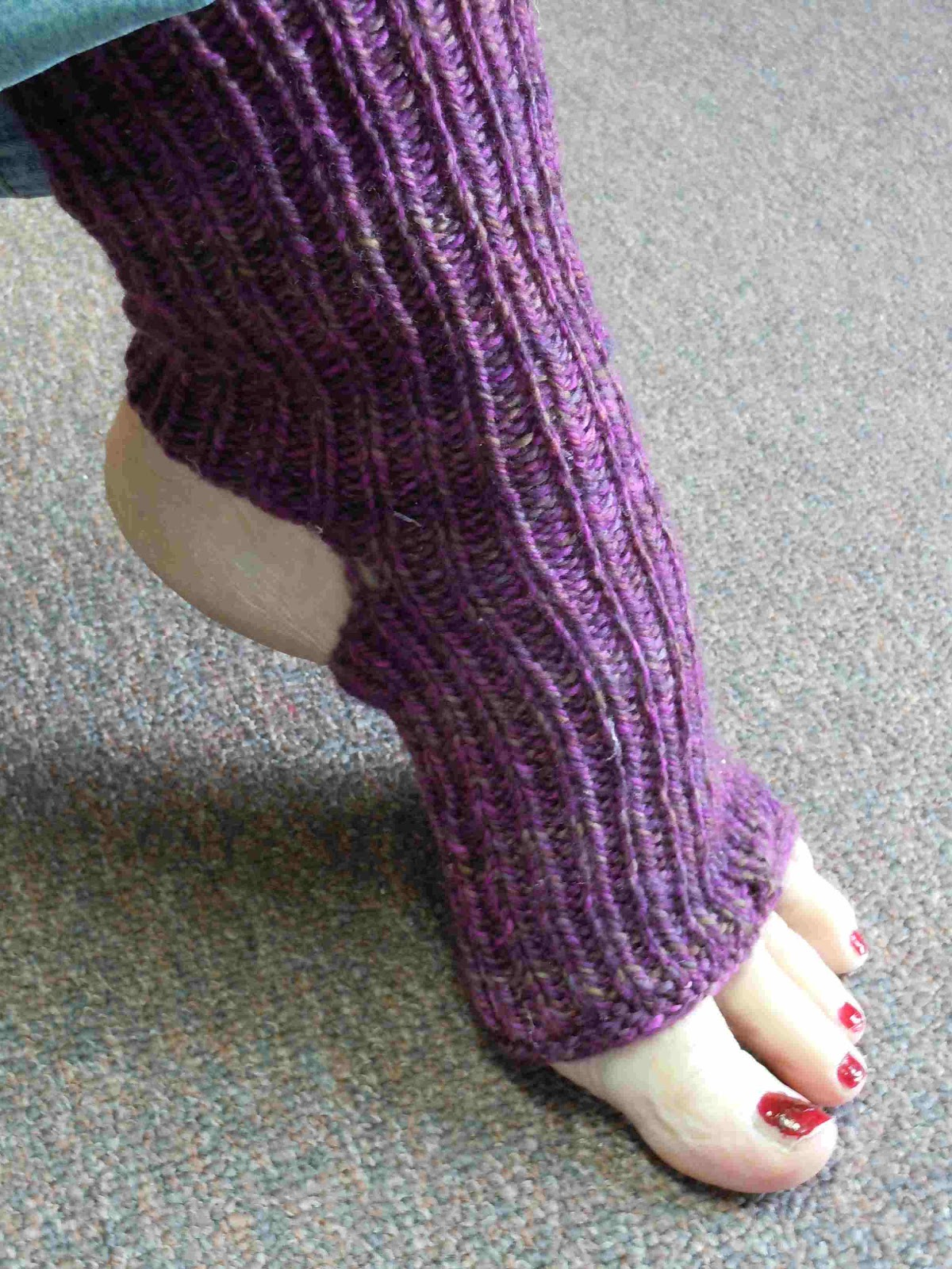 Easy Knitting Pattern For Yoga Socks : Mountain Colors Hand Painted Yarns: Holiday Knitting Ideas ...