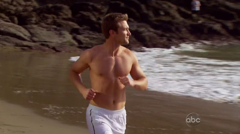 West Lee Shirtless on The Bachelorette s7e01