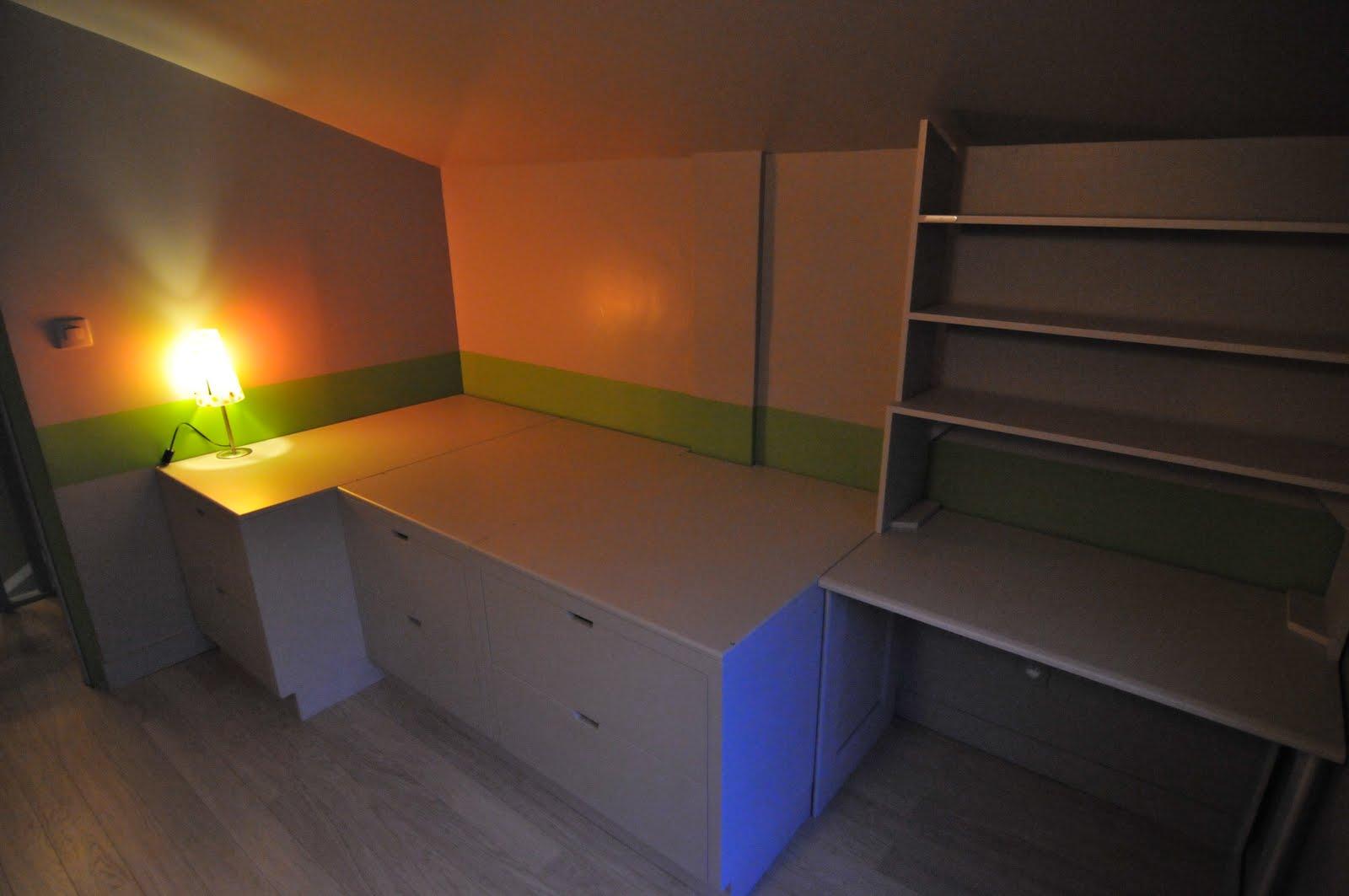 pour accueillir un matelas taille 90cmx190cm lit simple ou 140 160 180cmx200cm lit double. Black Bedroom Furniture Sets. Home Design Ideas