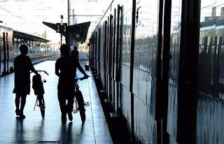 Rutas con bicicleta, bicicletas en renfe cercanias, Madrid, blog sobre bicicletas