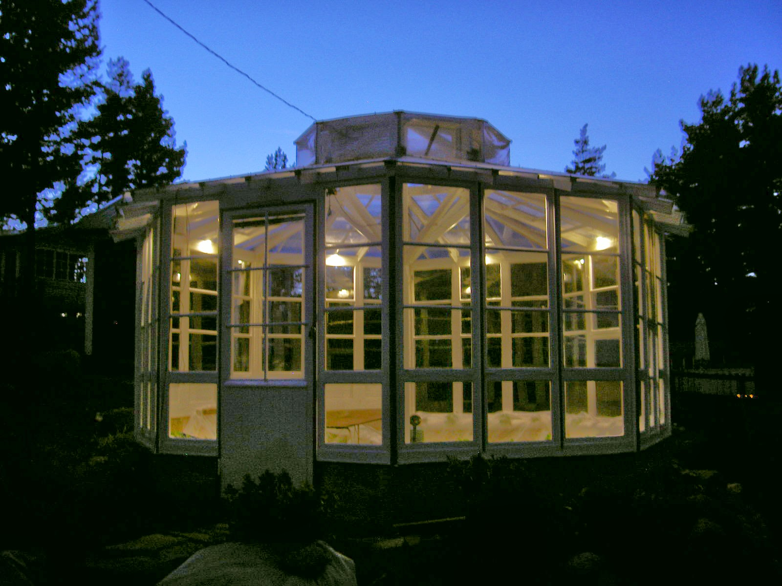 Octagon greenhouse for Octagonal greenhouse plans
