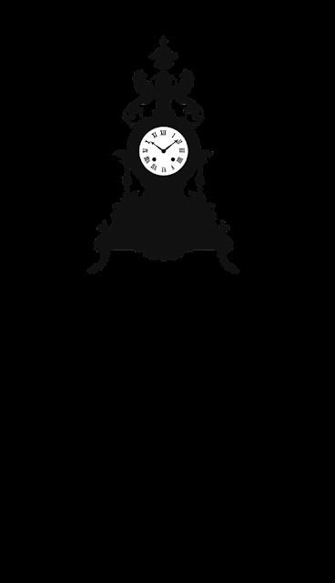 винтажные часы и стол