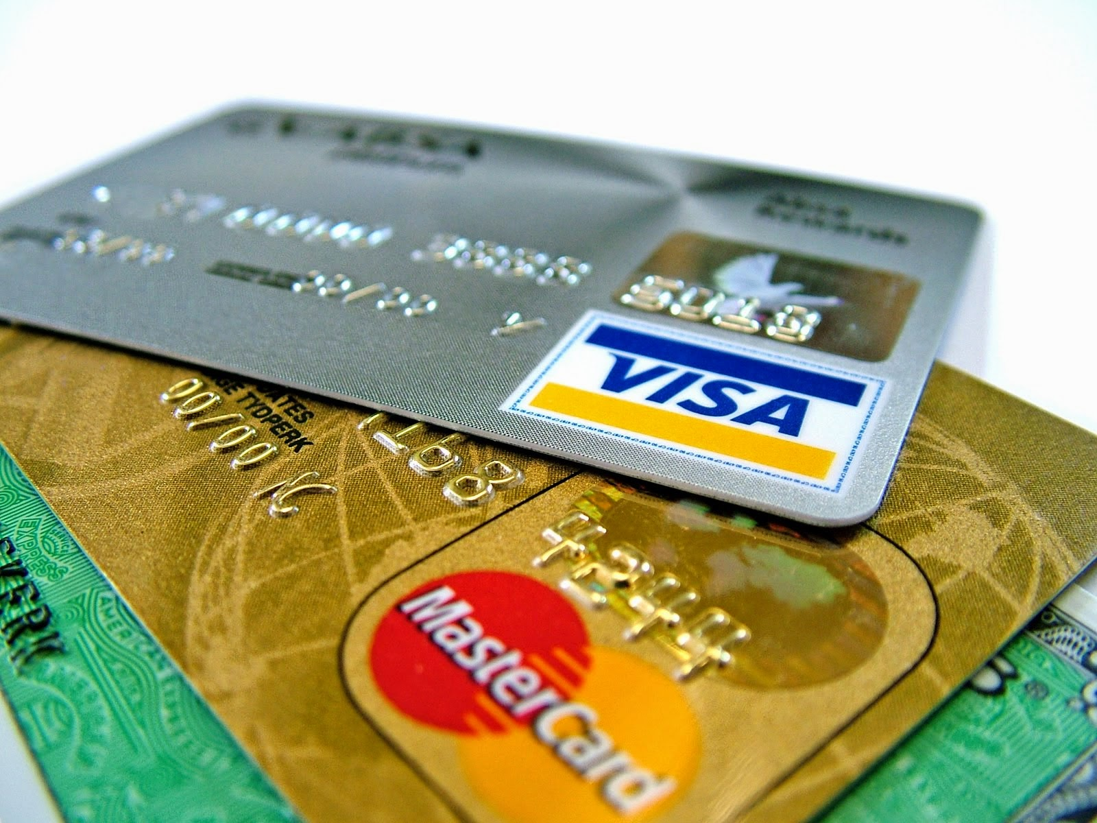 What Are The Advantage Or Benefits of Chip/PIN Credit and Debit Card?