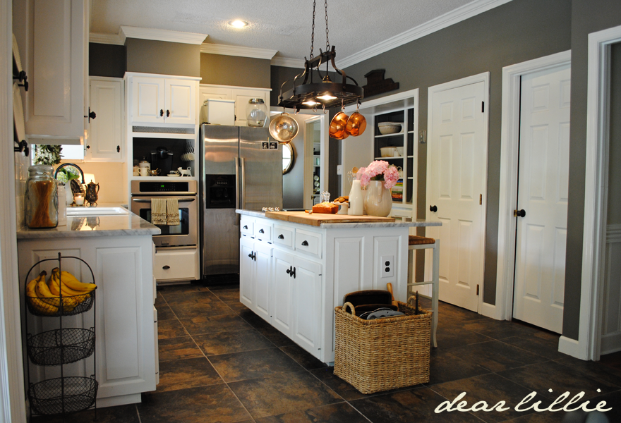 Dear lillie matt and meredith 39 s huge kitchen makeover for Chelsea gray kitchen cabinets