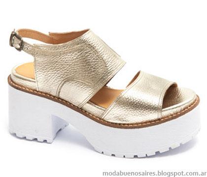 Traza calzados verano 2015 sandalias.