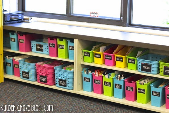 I love how organized this Kindergarten teacher's classroom supplies are