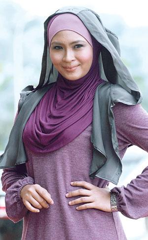 Gambar Siti Nordiana Cantik Bertudung Menutup Aurat
