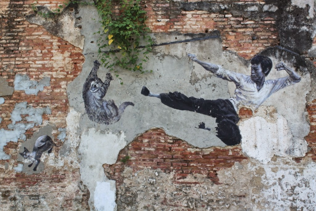 Penang street art - The Real Bruce Lee Would Never Do This