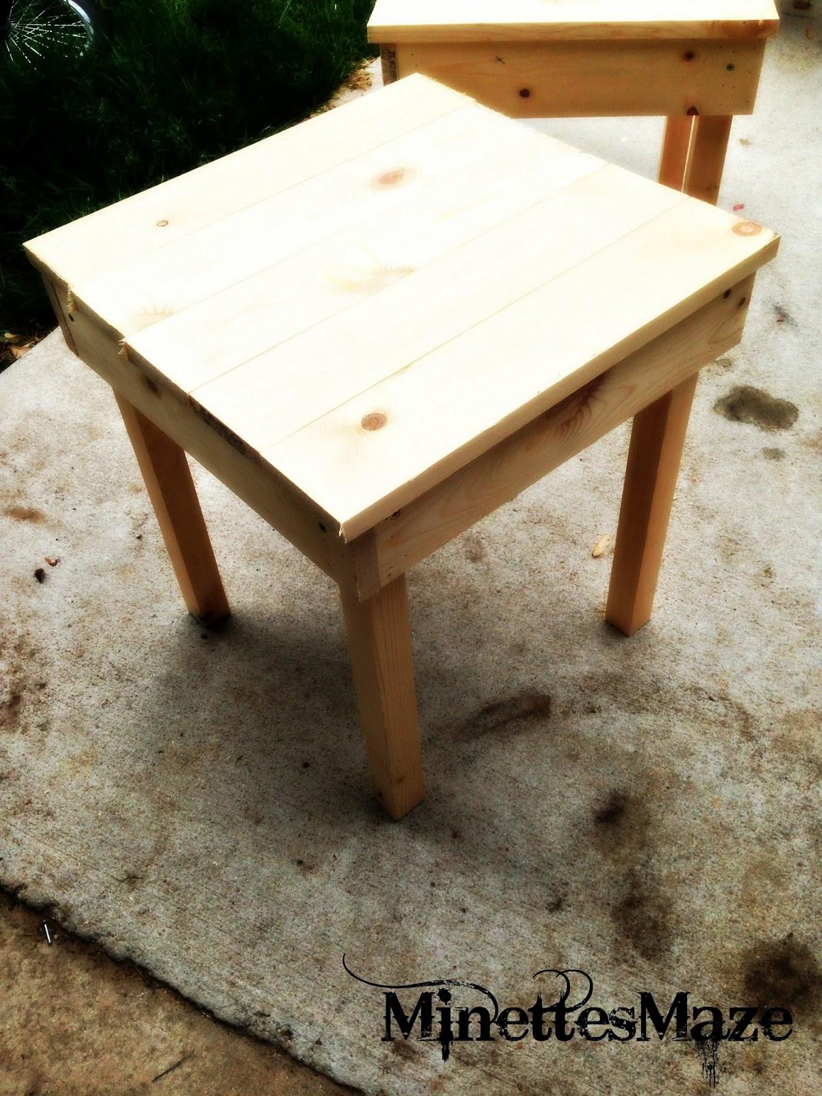 MinettesMaze DIY Patio Table