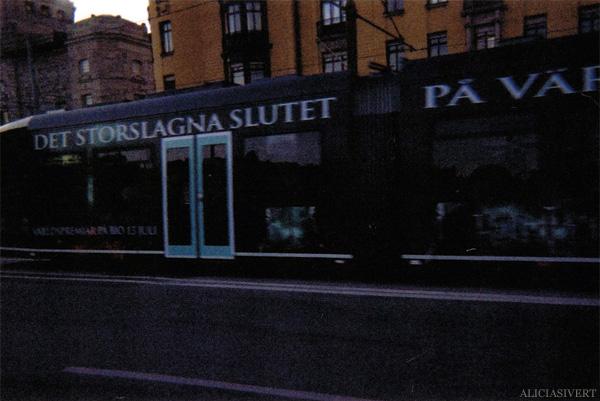aliciasivert, alicia sivertsson, analog photography, tram, harry potter and the deathly hallows, it all ends, dödsrelikerna, det storslagna slutet, spårvagn, analog, analogt fotografi, engångskamera
