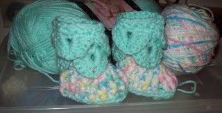 crochet baby crocodile slippers