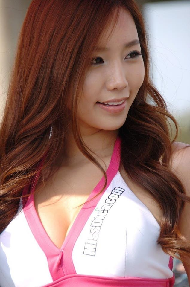 lee ji min sexy korean race queen 04
