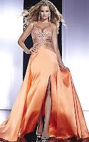 Секси изрязана рокля с камъни и ефирна пола от оранжев сатен, дизайн Panoply