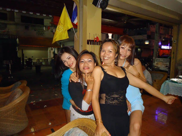 thai sex massage devils den pattaya