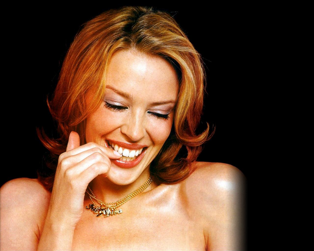 http://4.bp.blogspot.com/-w0RMyfM1O1c/T_tRCxiWU9I/AAAAAAAACz0/Asqg9lOvcXI/s1600/Kylie_Minogue_27.jpg