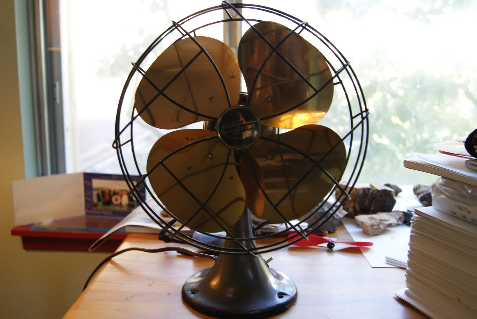 Antique Emerson Fans : Brass and iron an antique fan collecting the