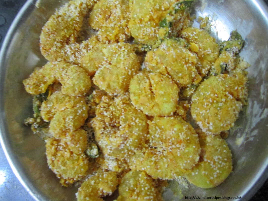 All marathi recipes prawns fry mix semolina corn flour and rice flour and little salt apply evenly this mixture to marinated prawns heat ghee in pan shallow fry till it turn golden forumfinder Image collections