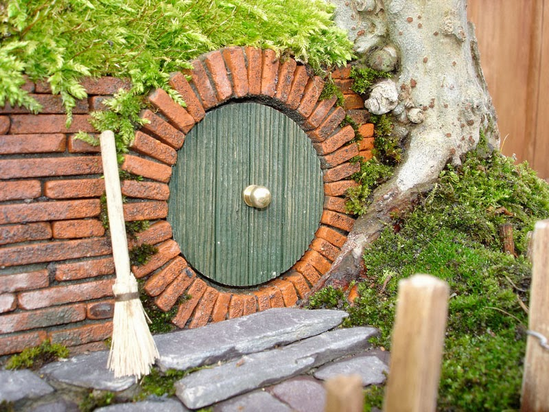 Miniature Hobbit House From Lord of The Rings