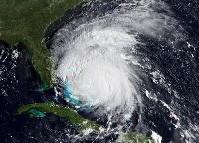 Hurrikan IRENE: Unser hochauflösendes Foto des Tages (High Resolution, High Definition), 2011, Atlantik, Bahamas, Hurrikansaison 2011, Irene, major hurricane, Hurrikanfotos,